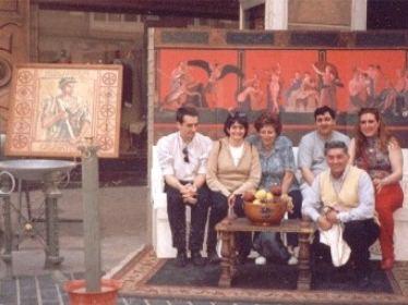 De izquierda a derecha aparecemos Adolfo y Nere (de Donosti), Soledad (de Calahorra), Fernando y Marta (de Vitoria) y Luis Miguel Rodríguez (Vizcaíno) en cuclillas