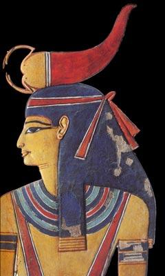 Diosa Selkit, con peluca tripartita azul y cinta