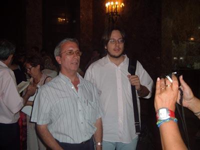 Manuel y Curro posando para la foto