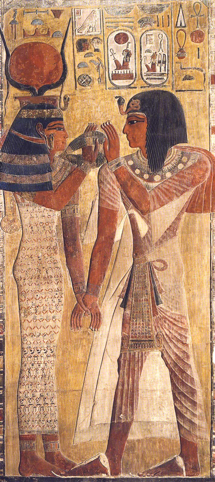 Foto 1. Fragmento mural del pilar de la tumba de Seti I en el Museo del Louvre. Foto del catálogo de la exposición Les artistes du Pharaon. Dier el-Médineh et la Vallée des Rois, París, 2002, Fig. 29, p. 61
