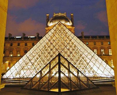 El Louvre activa la devolución de cinco piezas a Egipto