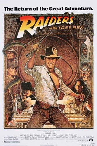 Fotos 16. Cartel anunciador de la película En Busca del Arca perdida (1981) protagonizada por Harrison Ford en el papel de Indiana Jones. Abajo, maqueta de la ciudad de Tanis (Egipto) donde el célebre aventurero logra localizar el emplazamiento del Arca de la Alianza.