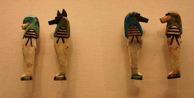 Fig. 15. Hijos de Horus