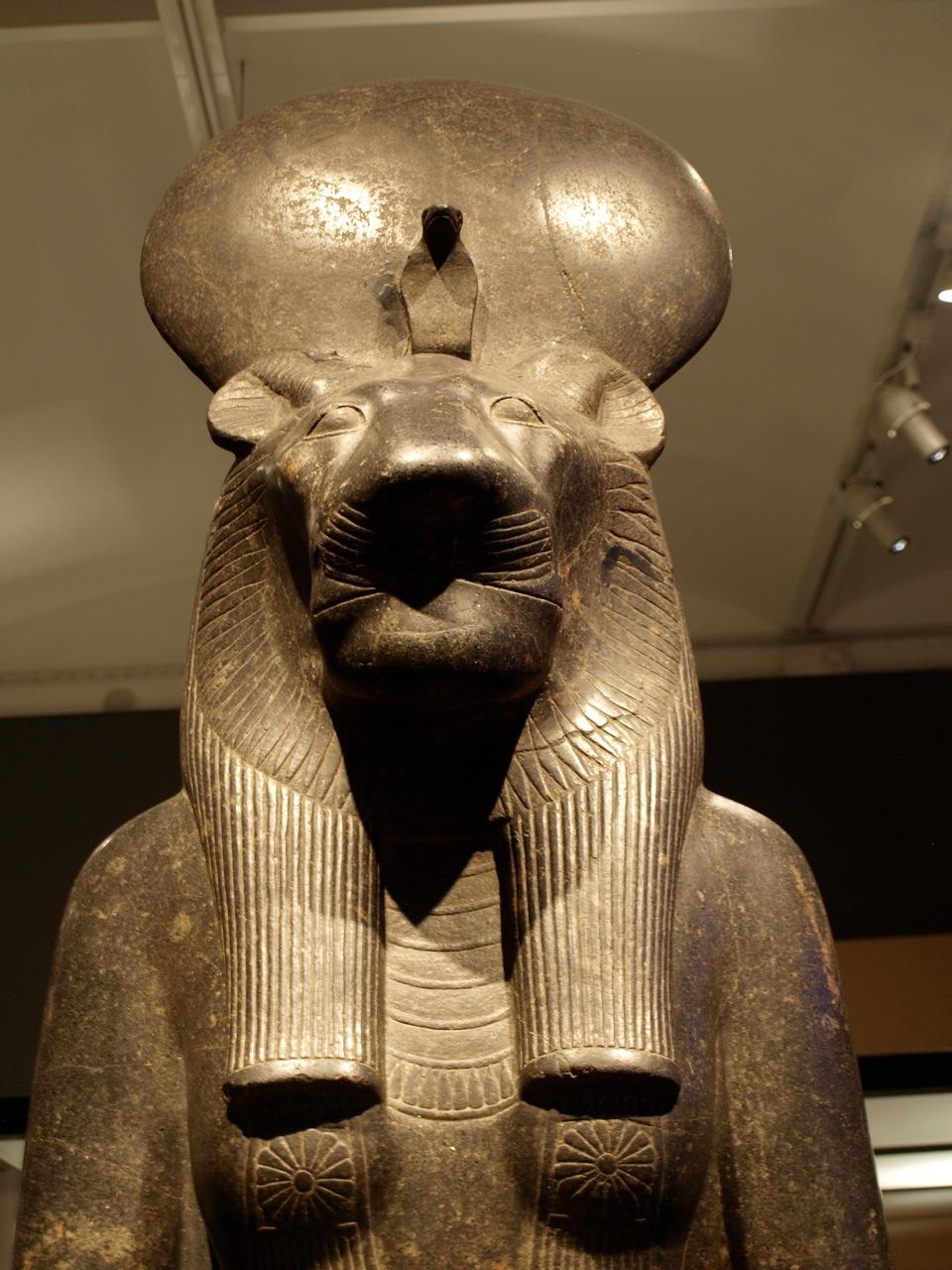 12.Sejmet_leona_antiguo_Egipto.jpeg