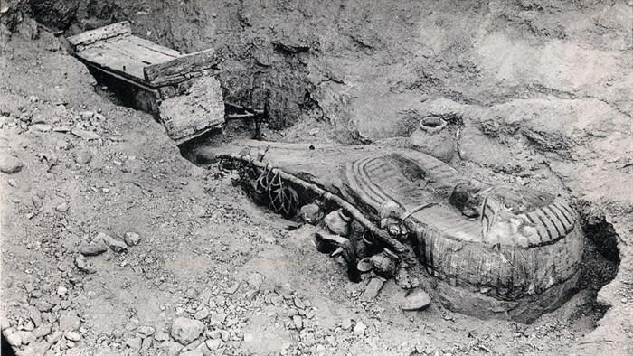 6.- enterramiento Qurna