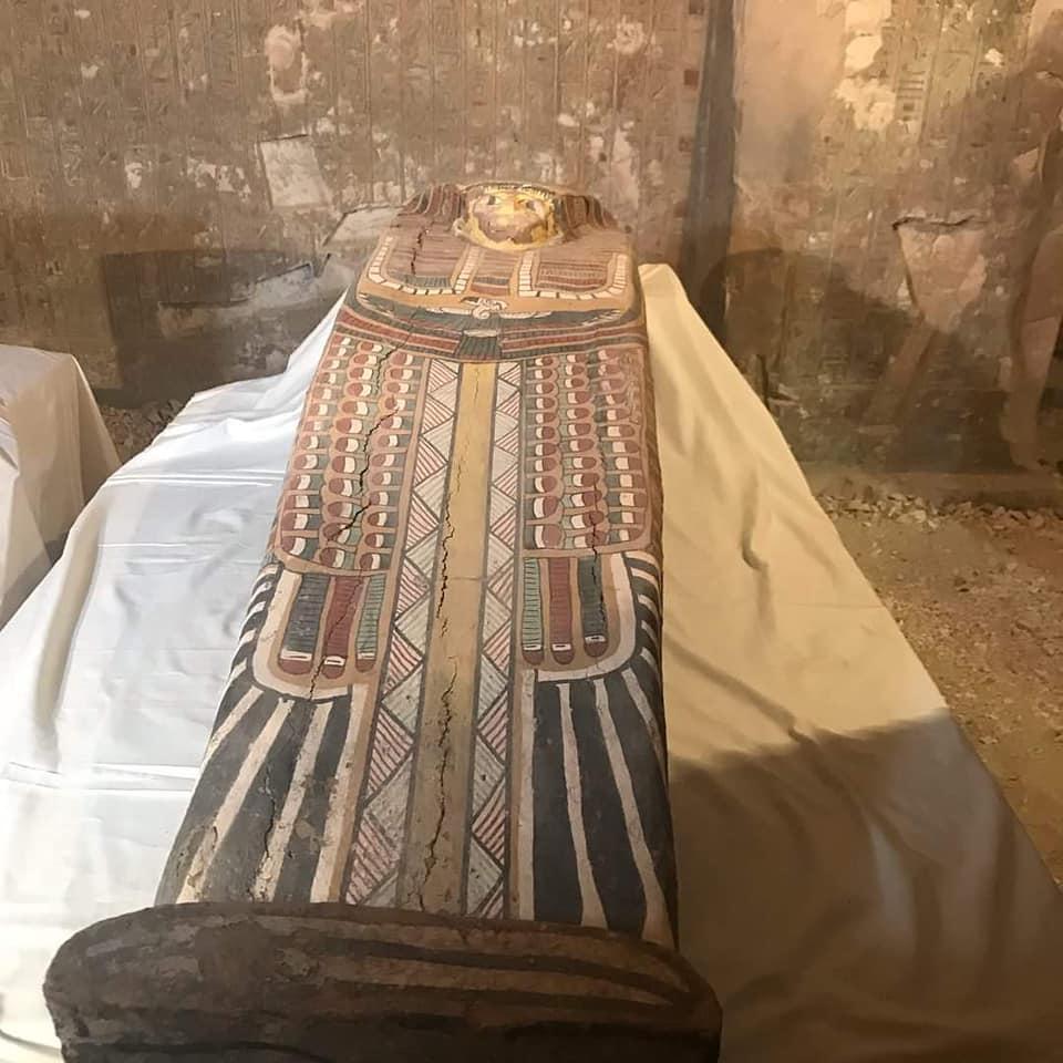 sarcofago-rishi
