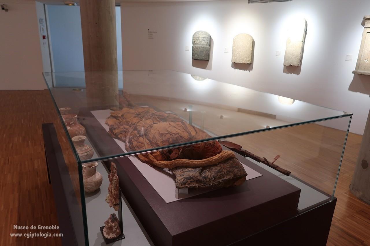 momia-antinoe